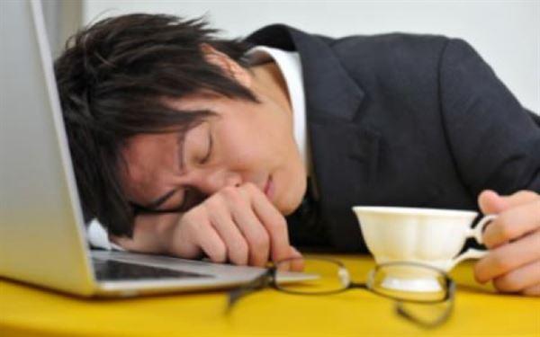 mệt mỏi khi dùng thuốc tây y chữa viêm đại tràng